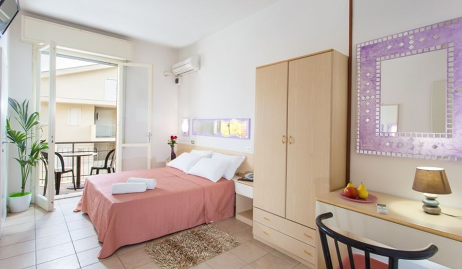 Hotel Oliver Viale Titano, 23