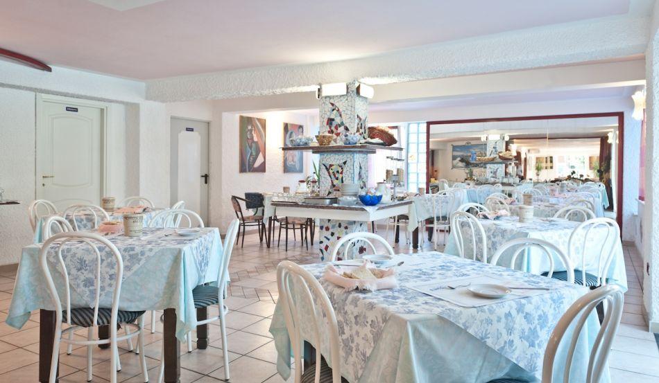 Hotel Antony Viale Titano, 114