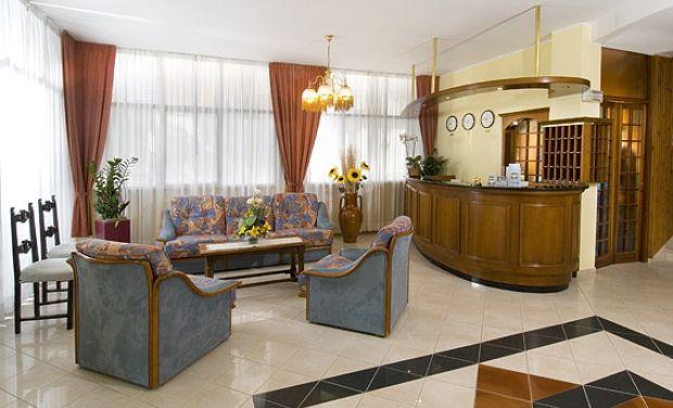 Hotel Parigi Via S. Marino, 4