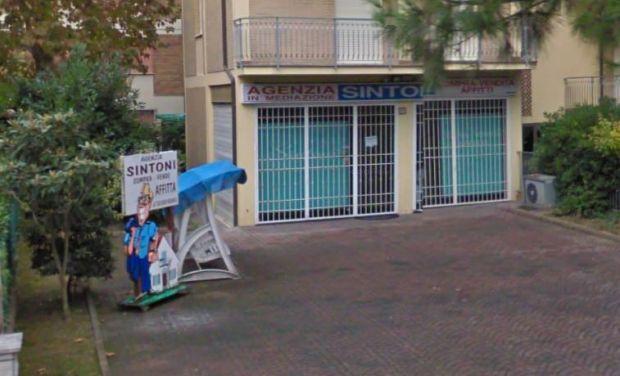 Agenzia Sintoni Via Titano, 62