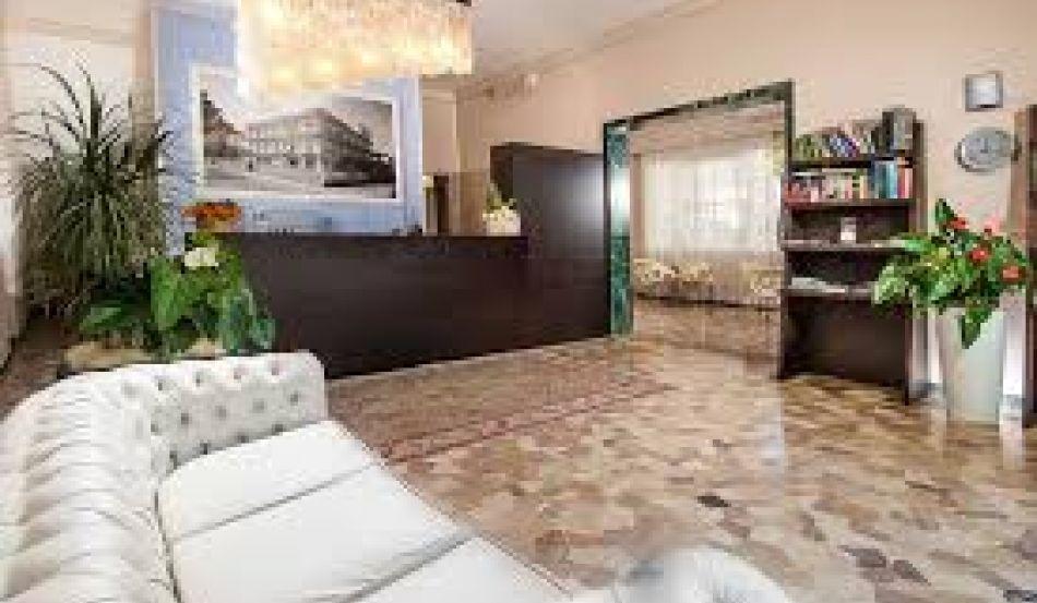 NEW HOTEL CHIARI Viale Italia 160
