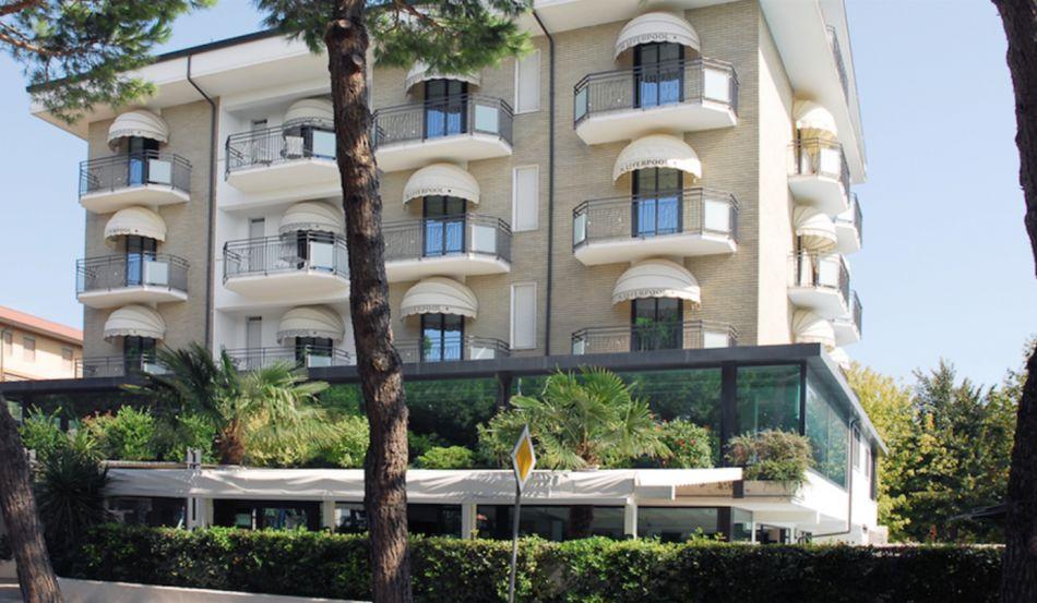 HOTEL LIVERPOOL Via Titano, 73